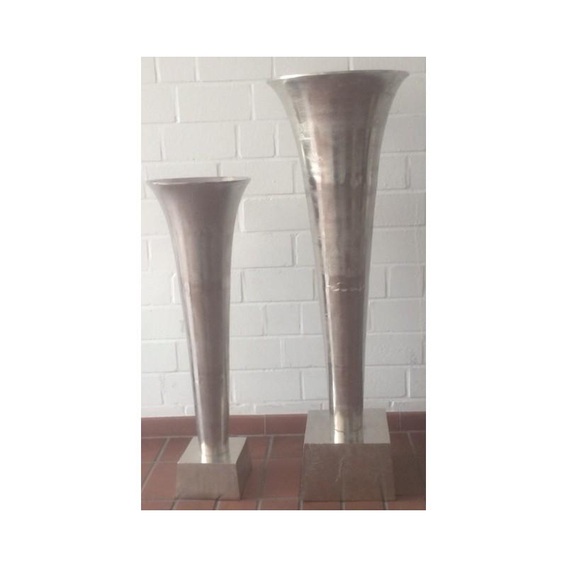vase auf fuss silber 96cm hkd systems. Black Bedroom Furniture Sets. Home Design Ideas